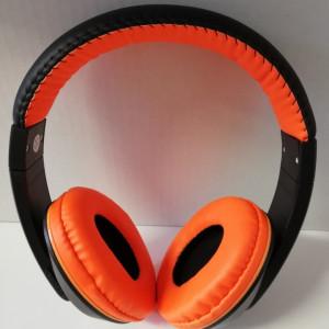 Căști On-Ear wireless stereo cu microfon încorporat
