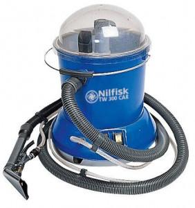 Aspirator cu extractie pentru covoare si tapiterie Nilfisk TW 300 CAR