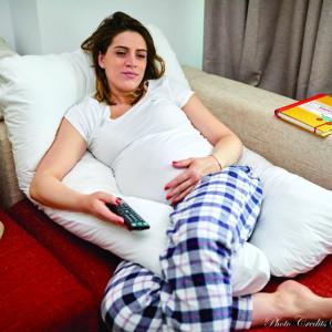 Pernă pentru gravide și alăptare - MODEL ALB
