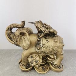 Statueta feng shui broasca pe elefant , noroc si prosperitate 13 cm