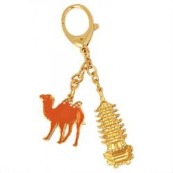Amuleta cu Pagoda cu 7 nivele si camila remediu Feng Shui din Metal, 60 mm lungime