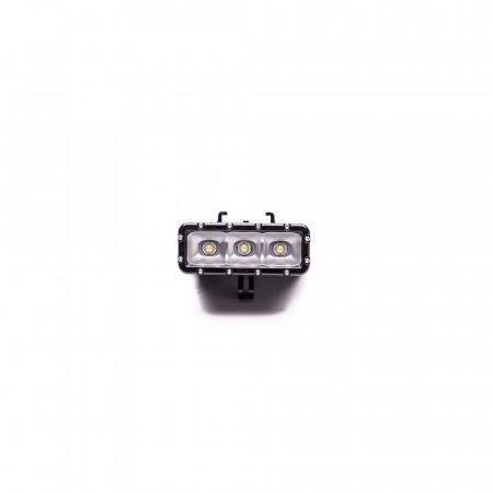Accesoriu Camera Sport Lampa Subacvatica 1 - Bateria detasabila, Lampa LED este realizata din plastic si metal, Negru