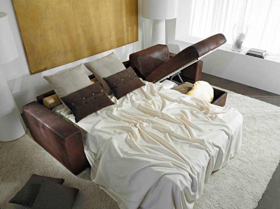 Divano letto con penisola con contenitore hanoi di hoppl for Divano letto con contenitore