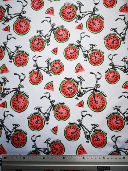 Bicicleta de pepene material PUL pentru scutece textile moderne