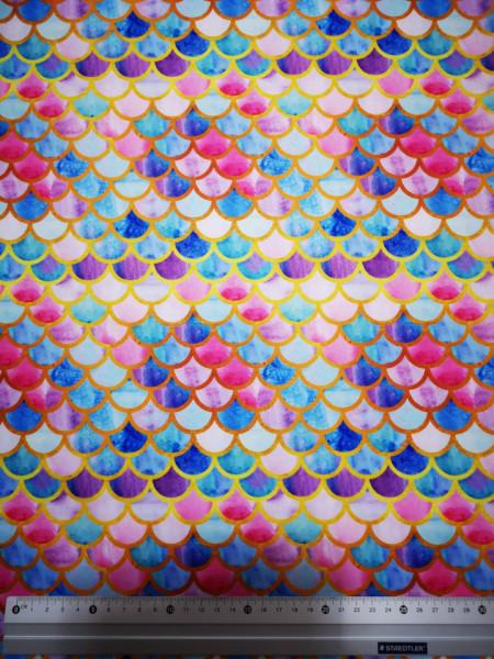 Piros, kék és arany pikkelyek PUL anyag modern mosható pelenka készítéséhez
