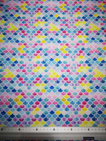 Solzi colorate material PUL pentru scutece textile moderne