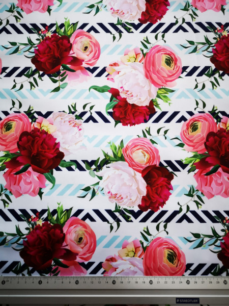 Flori material PUL pentru scutece textile moderne