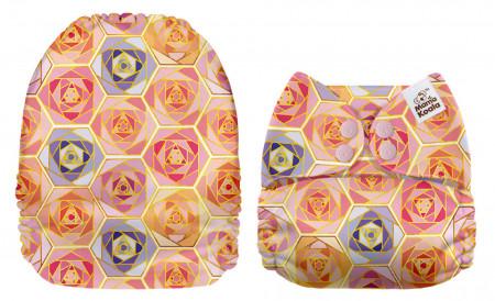 Stilizált rózsák MamaKoala pelenka (széles nyílású zsebbel)