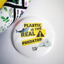 Feliratos hűtőmágnes - A műanyag a valódi ragadozó