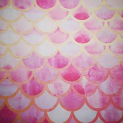 Solzi roz-aurii material PUL pentru scutece textile moderne