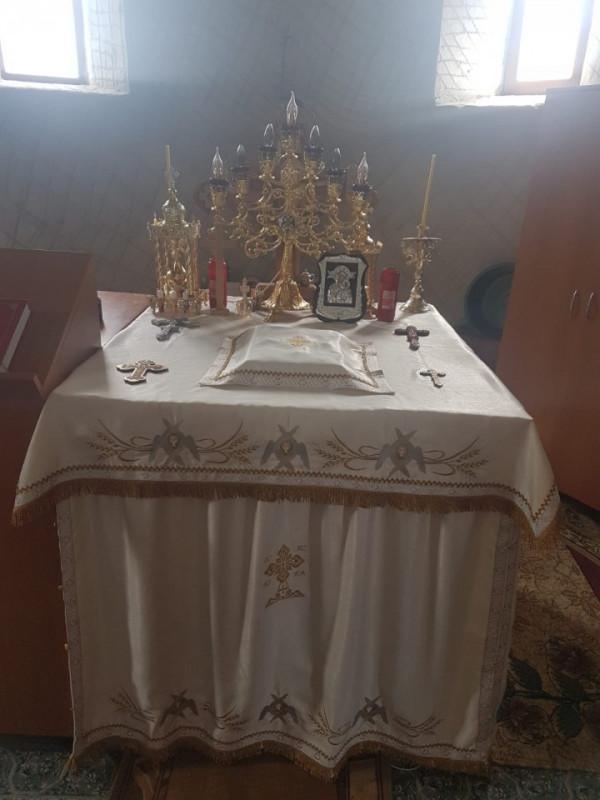 Poze Acoperaminte Sfanta Biserica - Fata de masa Sfantul Altar