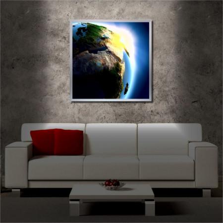 Tablou iluminat LED cu rama metalica Amazing Earth (60 x 60 cm)