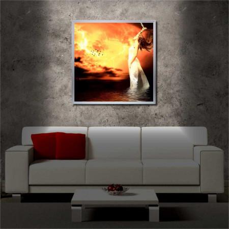 Tablou iluminat LED cu rama metalica Fire in the Sky (60 x 60 cm)