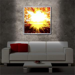 Tablou iluminat LED cu rama metalica Dazzling Sun (60 x 60 cm)