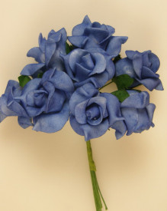 Buchet de trandafiri, albastru, spuma