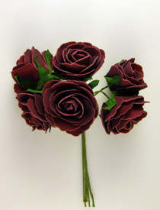Buchet de trandafiri, bordo, spuma