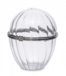 Cutiuta din sticla in forma de ou, margine metalica, 9.5x7.5 cm