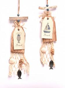 Ornament lemn tip eticheta, cu agatatoare