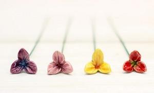 Floare ceramica Frezia