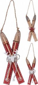 Ornament schiuri rosii de lemn cu agatatoare, 18 cm