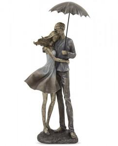 Figurina cuplu cu umbrela, 55x26.5x11 cm