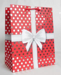 Punga de cadou, rosu cu buline,11x14cm
