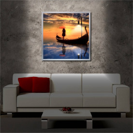 Tablou iluminat LED cu rama metalica Lady on the Sea (60 x 60 cm)