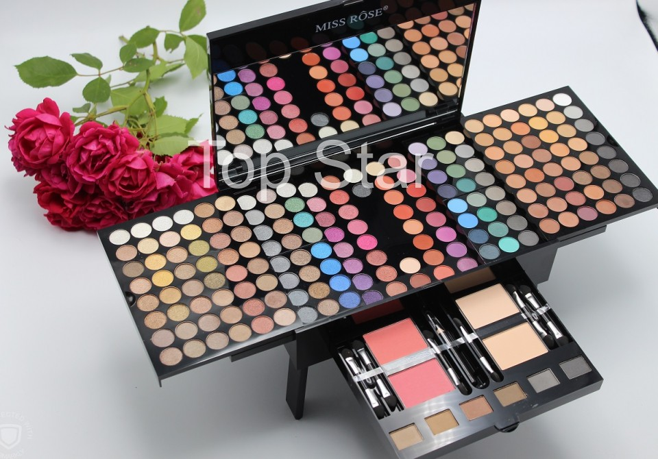 Trusa machiaj multifunctionala 190 farduri Miss Rose Palette