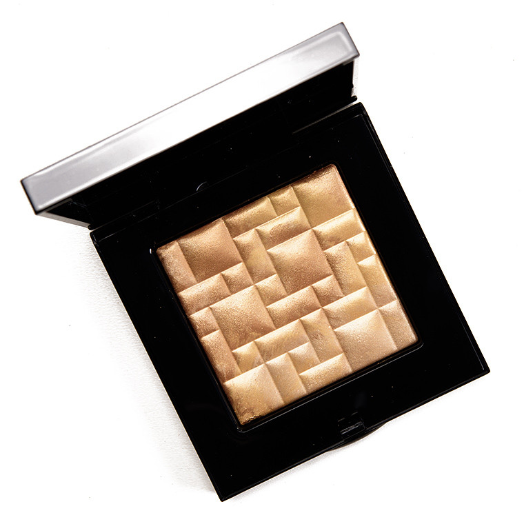 Pudra iluminatoare Bobbi Brown Highlighting Powder Moon Glow