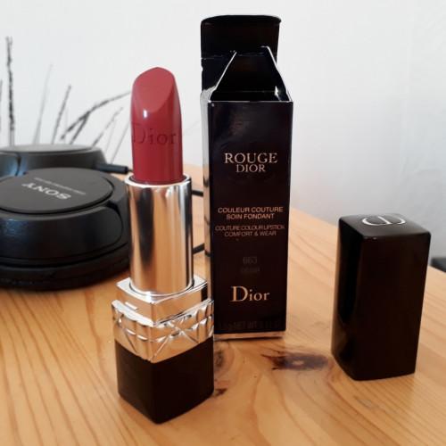 Ruj de buze Dior Rouge Dior 663 Desir