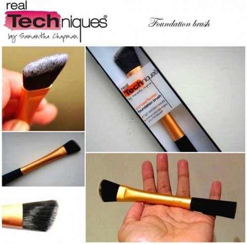Pensula Machiaj Real Techniques pentru aplicarea fondului de ten