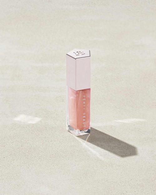 Luciu de buze stralucitor Fenty Beauty Gloss Bomb Universal Lip Luminizer Nuanta Sweet Mouth