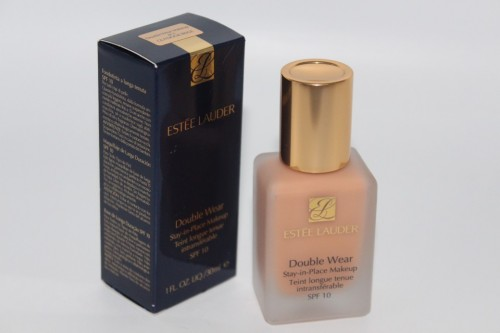 Fond de ten Estee Lauder Double Wear Stay in Place Nuanta 4C1 Outdoor Beige