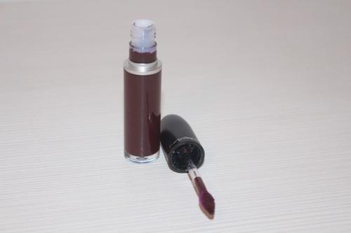 Ruj rezistent mat MAC Retro Matte Liquid Lipcolour Nuanta High Drama
