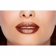 Ruj de buze lichid Too Faced Melted Matte-tallic Nuanta Give it to me