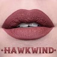 Ruj rezistent Kat Von D Nuanta Hawkwind
