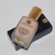 Fond de ten Estee Lauder Double Wear Stay in Place Nuanta 1C0 Shell