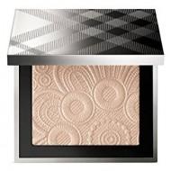 Pudra iluminatoare Burberry Fresh Glow Highlighter 02 Nude Gold