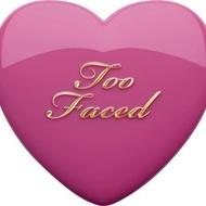 Fard de obraz Too Faced Love Flush Nuanta Your Love is King