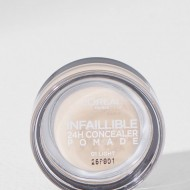 Corector Loreal Infaillible Concealer Pomade 24 H , 01 Light