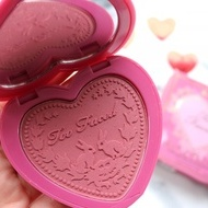 Fard de obraz Too Faced Love Flush Nuanta Your Love is King
