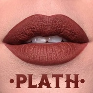 Ruj de buze rezistent mat Kat Von D, Nuanta Plath