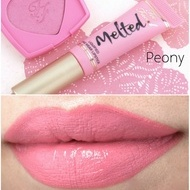 Ruj lichid Too Faced Melted Nuanta Peony