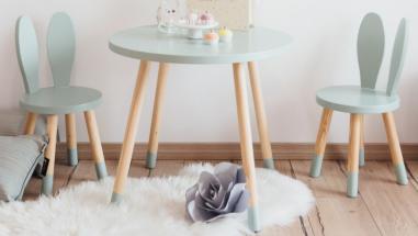 Setul masuta si scaunele pentru copii – un must have