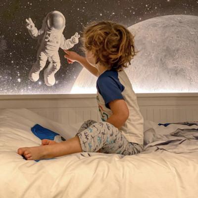 Tapet Little Astronaut