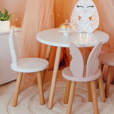 Set masuta rotunda alba si 2 scaunele ingeras alb si roz