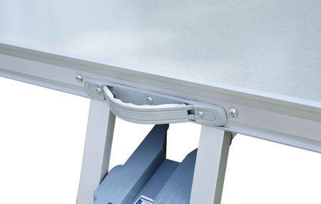 Outsunny Mesa de piquenique dobrável com 4 lugares e furo para guarda-sol - Alumínio - 85.5x67.5x66.5cm