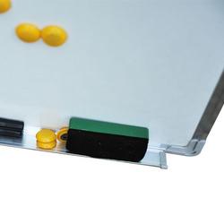 Quadro magnético branco com 10 ímãs, 1 borracha e 4 marcadores - branco - 60x90cm