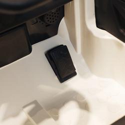 HOMCOM Carro elétrico para crianças a partir de 3 anos Mercedes Benz GLA com luzes de controle remoto carga 30kg Mercedes Benz carro corre de corredores mercedes elétrico automóvel controle remoto pais carro infantil 100x58x46cm