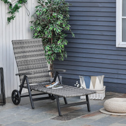 Outsunny Espreguiçadeira de vime para Jardim 192x74x55 cm com 7 Posições Encosto Reclinável Apoio de Braços e Rodas Estrutura de Alumínio para Varanda Cinza